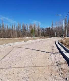 VENDO TERRENO 500 MTS CUADRADOS, barrio cerrado en JARDINES DE PLOTTIER calle Candole