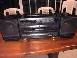 Radio pasa cassettes sony