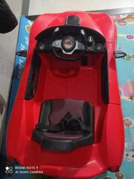 Carro electrico rojo