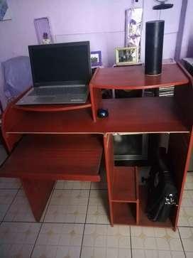 Mueble para Computadora o Laptop