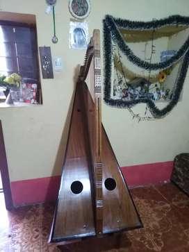 Arpa instrumento de cuerda