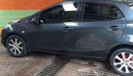 Vendo espectacular Mazda-2 2013 Full equipo negociable