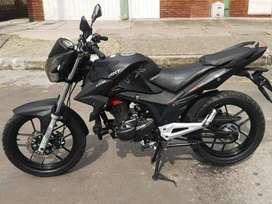 Alquilo moto rtx 150