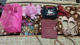 Vendo accesorios y calzados para niñas