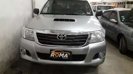 Toyota hilux dx pack 2.5 4x4