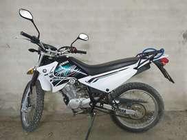 Vendo monto Yamaha casi nueva