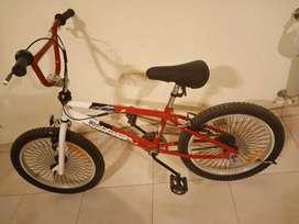 Permuto bici sin uso x moto o bici adulto