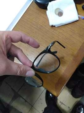 Marco de lentes Persol italianos
