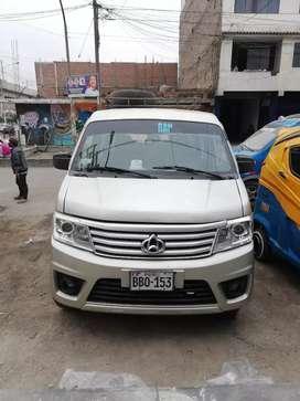 Vendo minivan en buen estado de uso personal