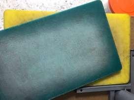 Tablas de picar udadas, 2 unidades color verde y amarillo.