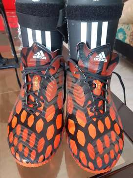 Predator y canilleras Adidas Talla 39,5 USA.Originales