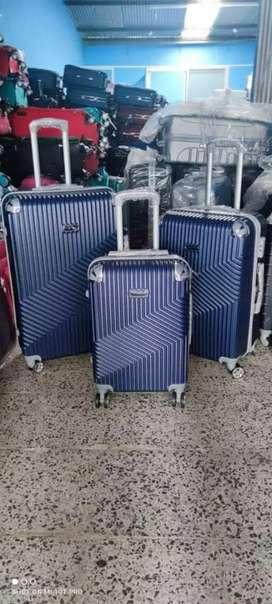 Maletas de viaje en liquidacion BOGOTA!!