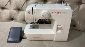 Máquina de coser Singer 1306