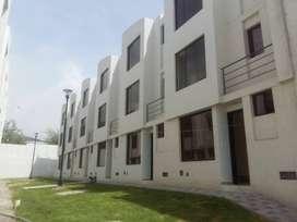 En venta hermosa casa VIP - Mitad del Mundo
