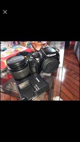 Vendo camara canom t3 con lente de 18-55sale todos sus acesorios