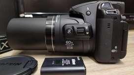 20.3Mpx Camara Nikon Coolpix B700 4K Ultra HD 60x Zoom Optico
