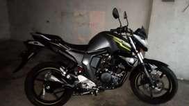 Motocicleta FZ