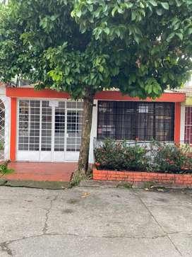 Se vende o arrienda casa en el barrio Bochica.