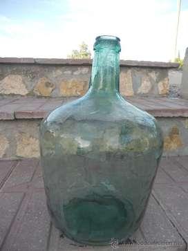 botellas de dama juanas