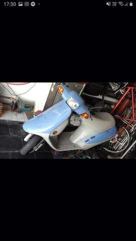 Vendo scooter honda elite japon japon