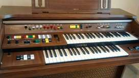 Órgano Yamaha Electone C55
