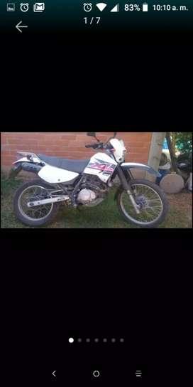 VENDO HONDA XL200