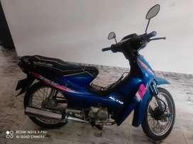 Se vende moto usada