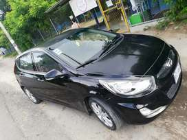 SE VENDE Hiunday Accent Blue Hatchback