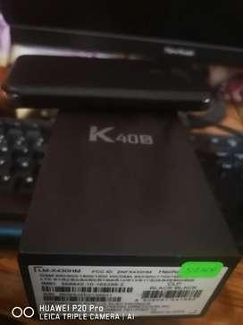 Lg k40s estado 9/9 incluye caja y cargador