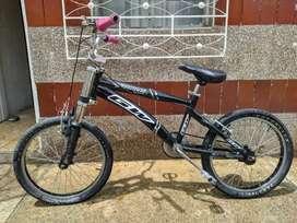 Vendo bicicleta gw rin 20