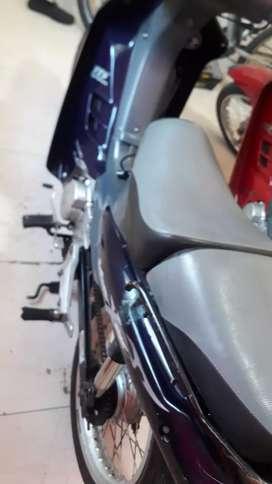 Vendo moto vivax azul 115