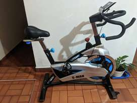 Bicicleta spinning  S-MAN(casi nueva)