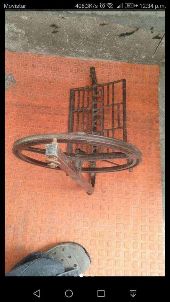 Pedal Singer Antiguo
