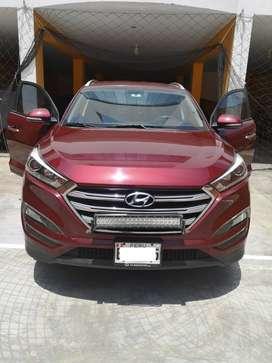 Vendo SUV Hyundai All New Tucson 4WD, en perfecto estado de conservación y mantenimiento en regla realizado en Gildemeis