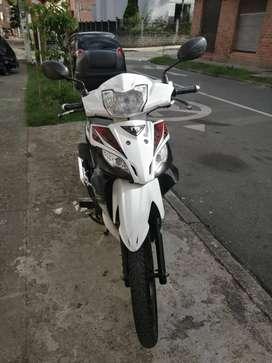 Venta de Moto Akt TVS RockZ 125