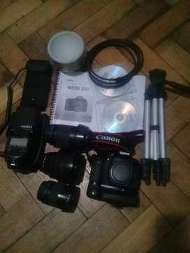Canon 60 d 3 lentes y flash