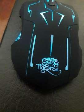 Teclado y mouse combo gamer
