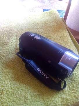 Vendo filmadora Sony HD cx 440 handycam