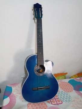 Vendo guitarra ecelente estado como nueva