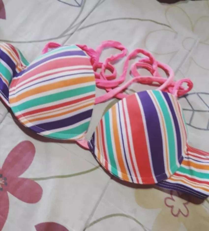 Corpiño bikini. 0