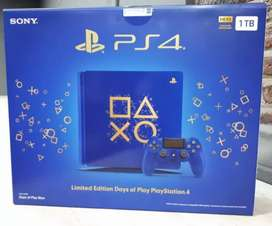 Play station 4 edition blue
