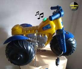 Moto tractor de juguete montable para niño y niña. Domicilio gratis.