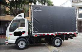 Venta Camion JAC con cupo $40M negociables  (HFC 1035 K / 2.200 KG/Modelo 2013/Diesel) de Estacas