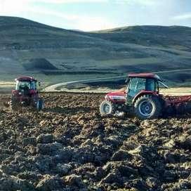 Tractor- Implementos agrícolas.
