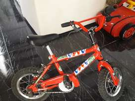Vendo bicicleta . Sin uso .
