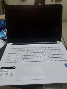 HP Laptop 14-bs008la