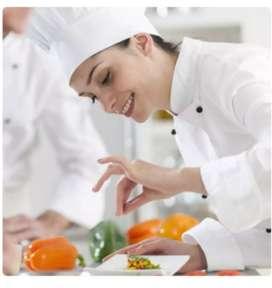 Se requiere auxiliar de cocina