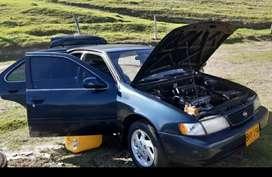 Se vende Nissan Sentra b14