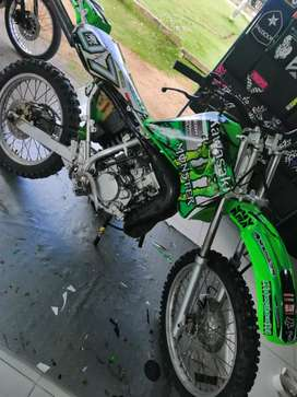 Se vende moto KMX en VILLANUEVA CASANARE