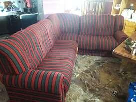 Vendo juego de sofa con un mes de uso